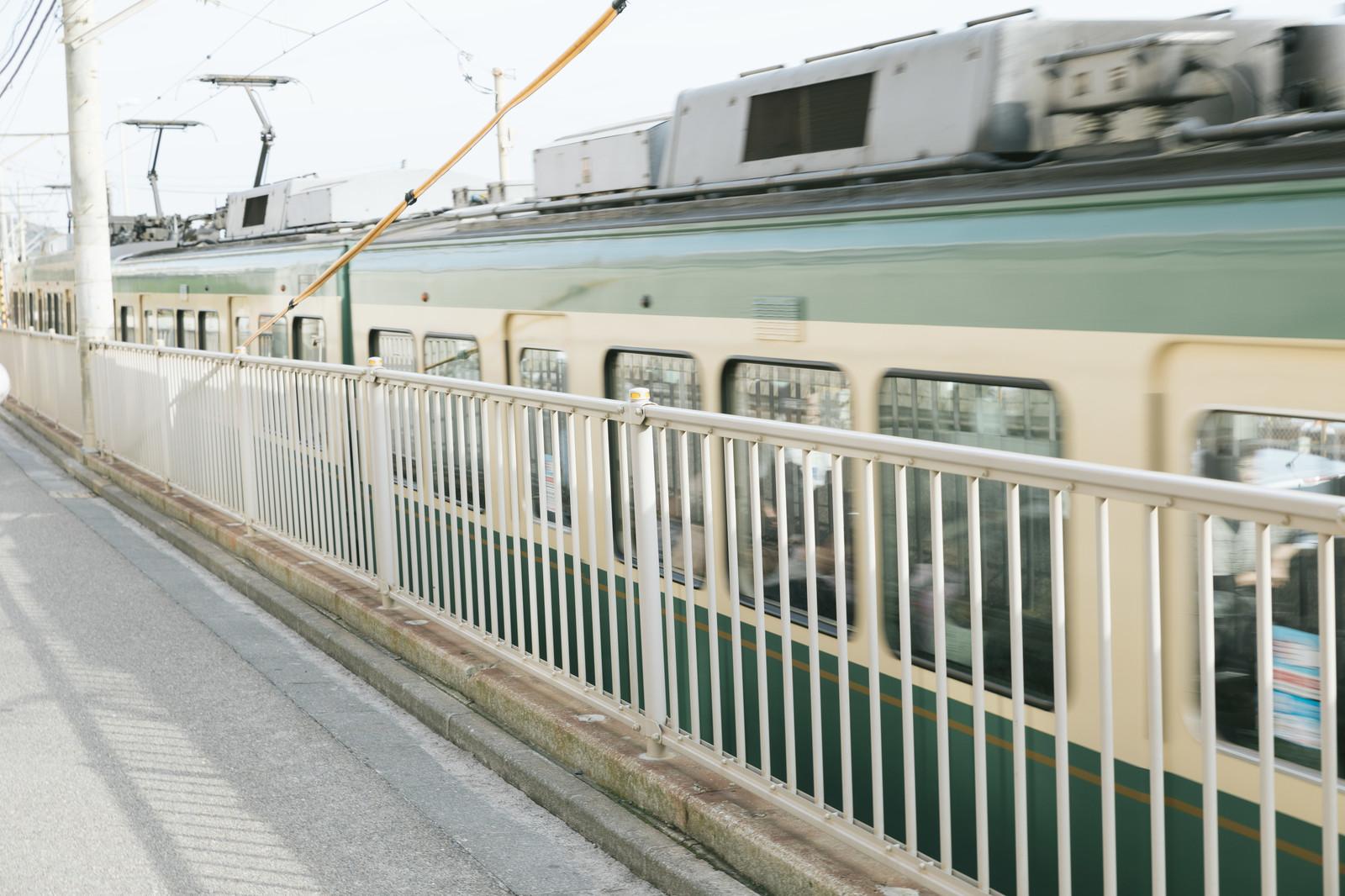 電車、通勤時間